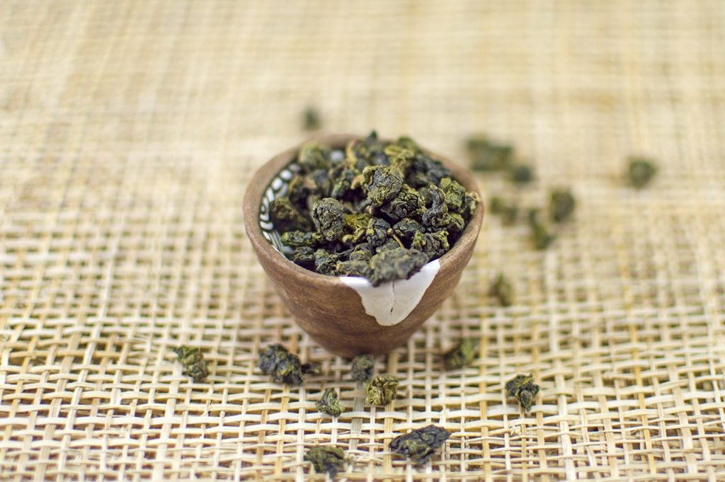 8 Best Oolong Teas - Great Taste With Health Benefits!