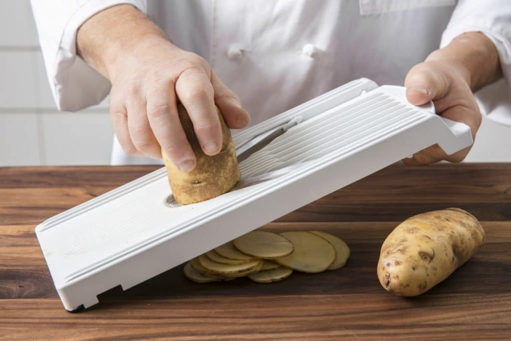 8 Best Potato Slicers - Save Your Time