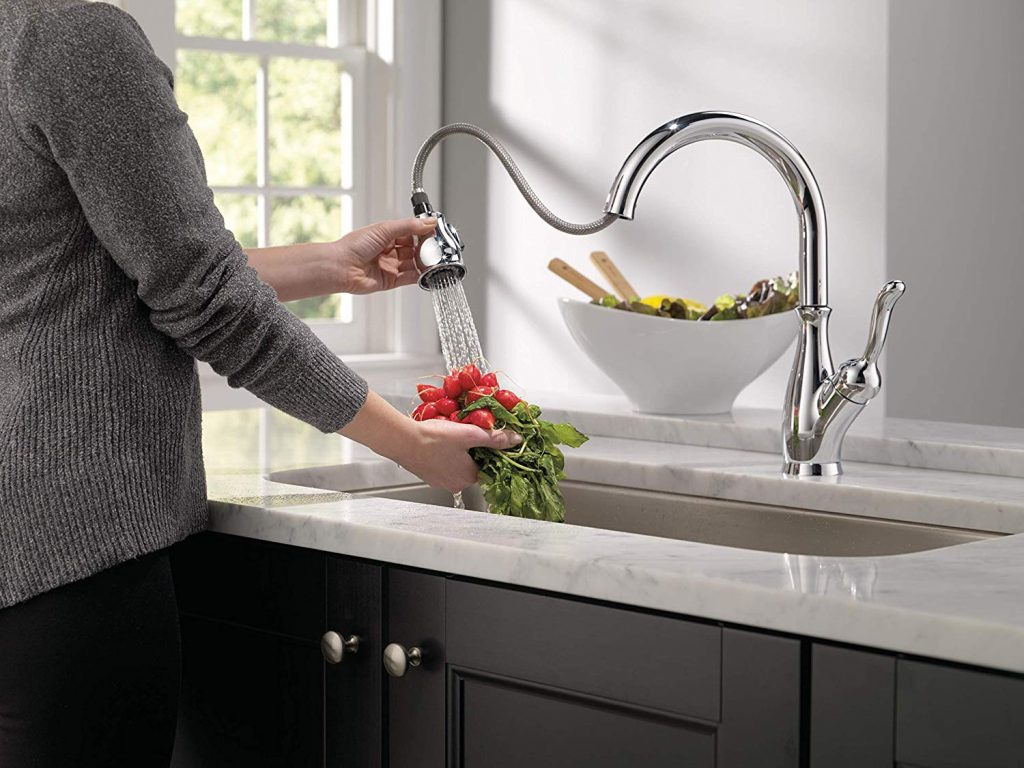 14 Best Luxury Kitchen Faucets – Add a Final Touch to Your High-End Kitchen!