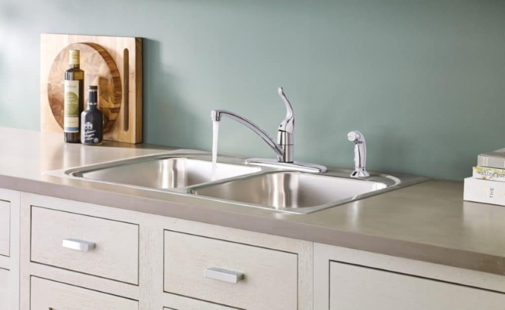 6 Excellent Moen Kitchen Faucets - Easy to Install and Use