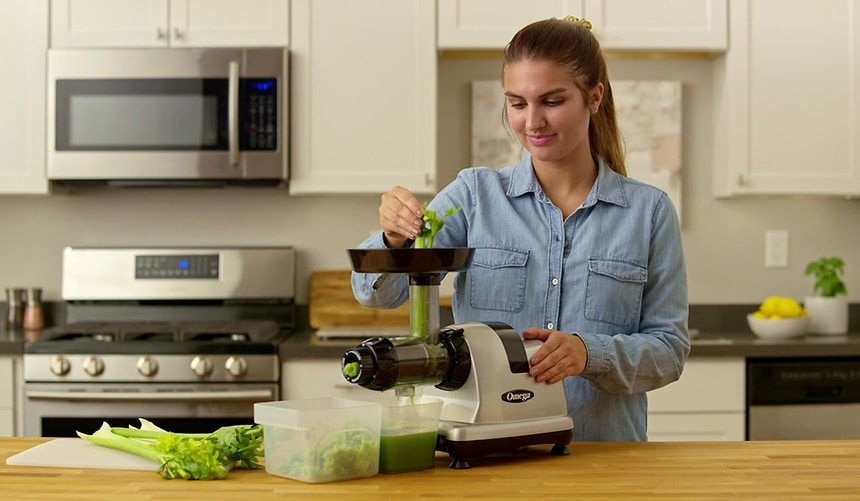 10 Best Cold Press Juicers - Take It Slow for a Healthier Result!
