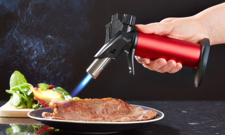 8 Best Torches for Sous Vide - Enhance the Flavour of Your Meat!