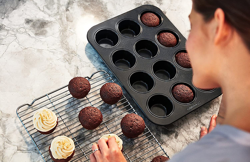 10 Best Muffin Pans - No More Baking Failures!