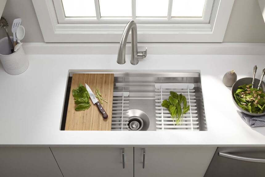 7 Best Undermount Kitchen Sinks - Great Design And Functionality!